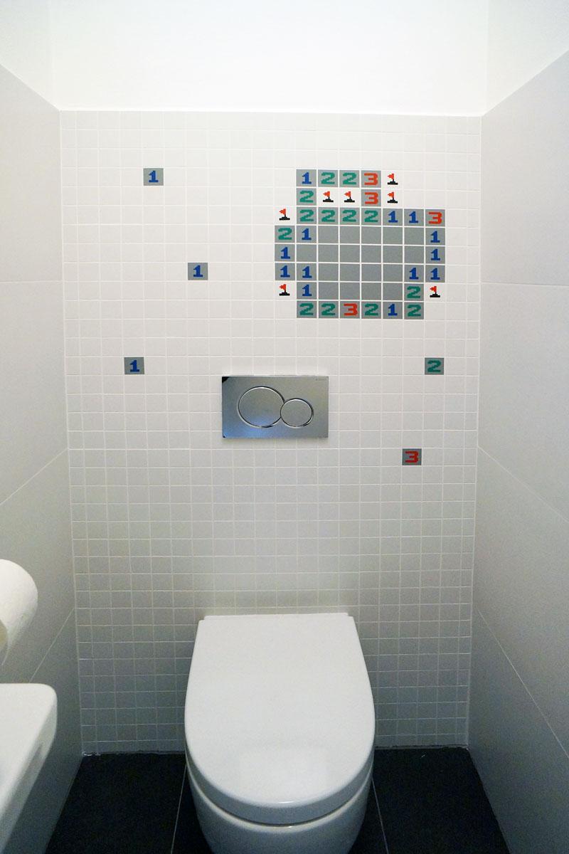 Minesweeper na záchodě