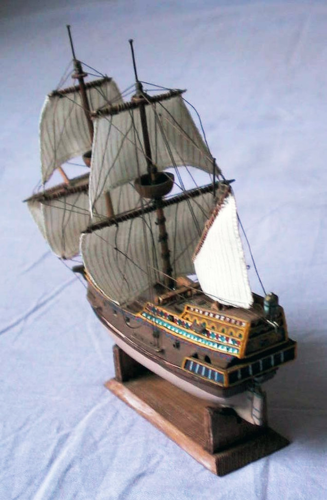 Model plachetnice Golden Hind
